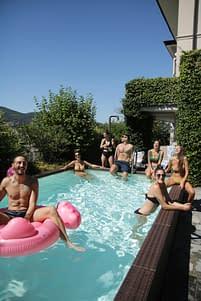 I The Globbers nella piscina di Villa Benedetta