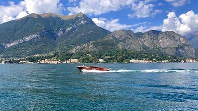 Giro in barca sul lago di Como