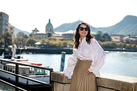 Elena Markova sul lago di como